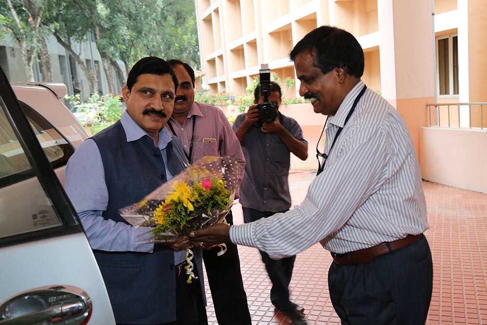 Visit by Honb'le Y S Chowdary- Minister of State for Science and Technology & Earth Sciences